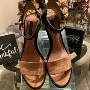 Rachel Zoe Vero Cuoio Sandal Sz8